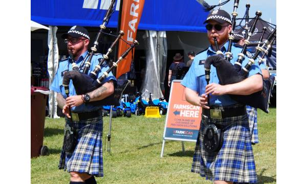 WESTERN AUSTRALIAN POLICE FORCE PIPE BAND